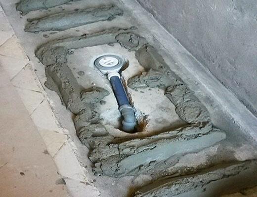 trasformazione da vasca in doccia posa della malta